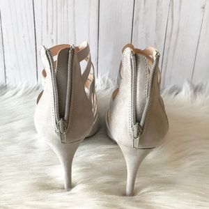 Wild Diva Shoes - Suede Pointy Toe Heel